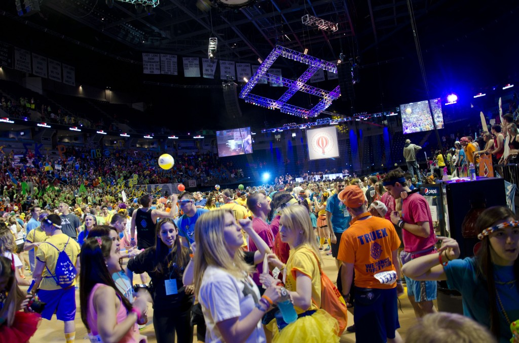 THON 2014: How Dancers Pass the Time